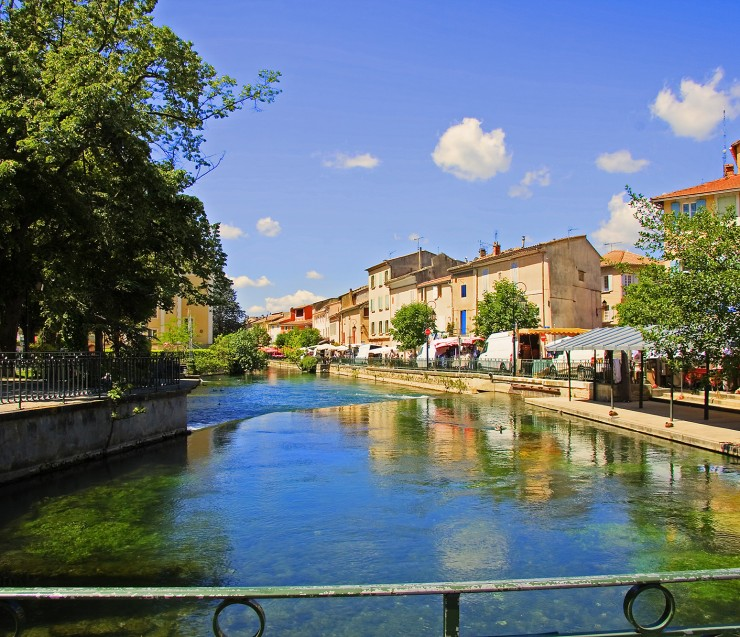 Antique Shops & Luberon ( on Sunday only)